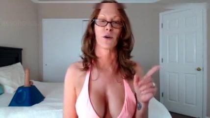 Horny mature mom
